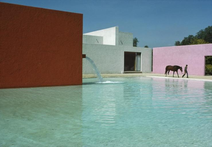Renè-Burri-Mexico-City-San-Cristobal-1976-Stable-horse-pool-and-house-1967-68-©-Rene-Burri-Magnum-Photos.jpg